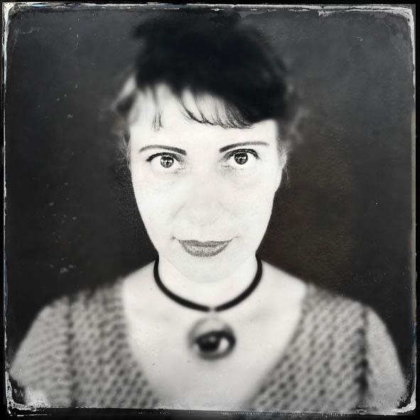 Fernanda Chemale | fotografia e edição | (foto de Juan Esteves)